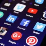 Cómo Facebook se inspira en Telegram y WeChat para su Messenger: el comercio conversacional está aquí