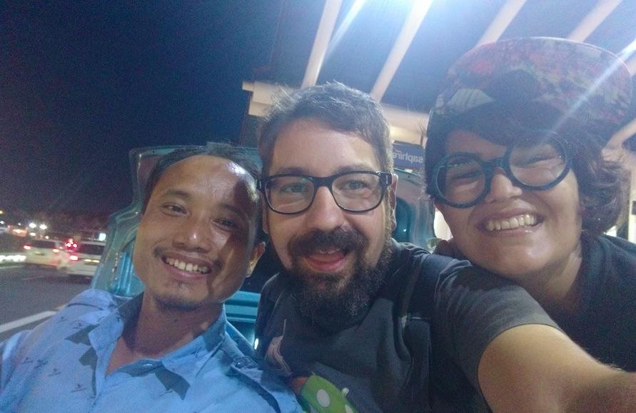 Nuestro último taxista en Yakarta